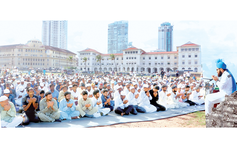 The annual Hajj prayers organised by the Memon Association of  Sri Lanka were held at the Galle Face Green last morning. Picture by  Saman Sri Wedage