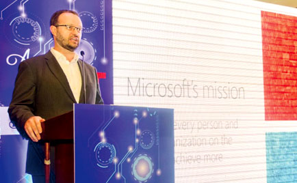 Addressing the audience at the event Country Manager of Microsoft – Sri Lanka and Maldives, Brian Kealey.