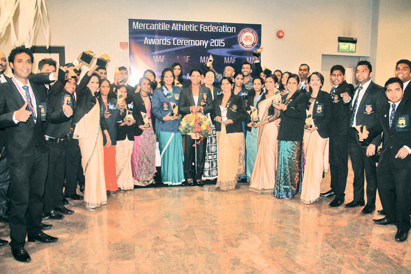 Athletes who received memorial plaques with Olympic Gold Medalist Susanthika Jayasinghe.