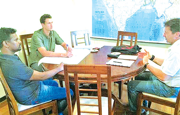 Sean Burk and Richard McKeon, the Australian consultants in discussion with  Vartharajah Kumaraguru, Country Manager of the Ceylon Chamber led YBSL