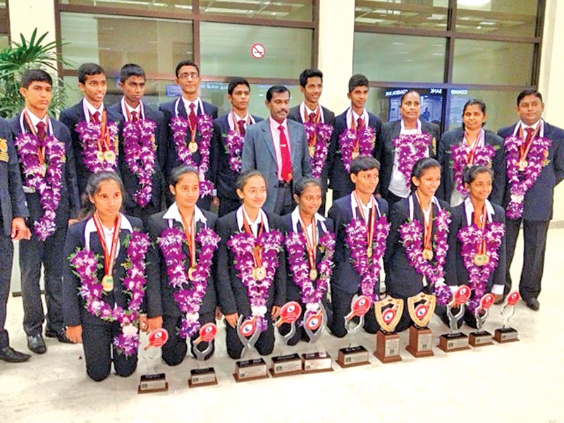 Enjoyable Lankan Paddlers Win Nine Out Of Ten Golds Dominate At South Home Interior And Landscaping Ologienasavecom