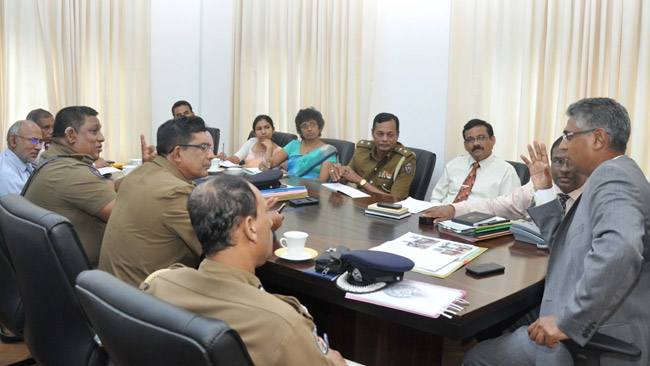 Provincial Councils and Local Government Minister Faiszer Musthapha meeting Police and other officials