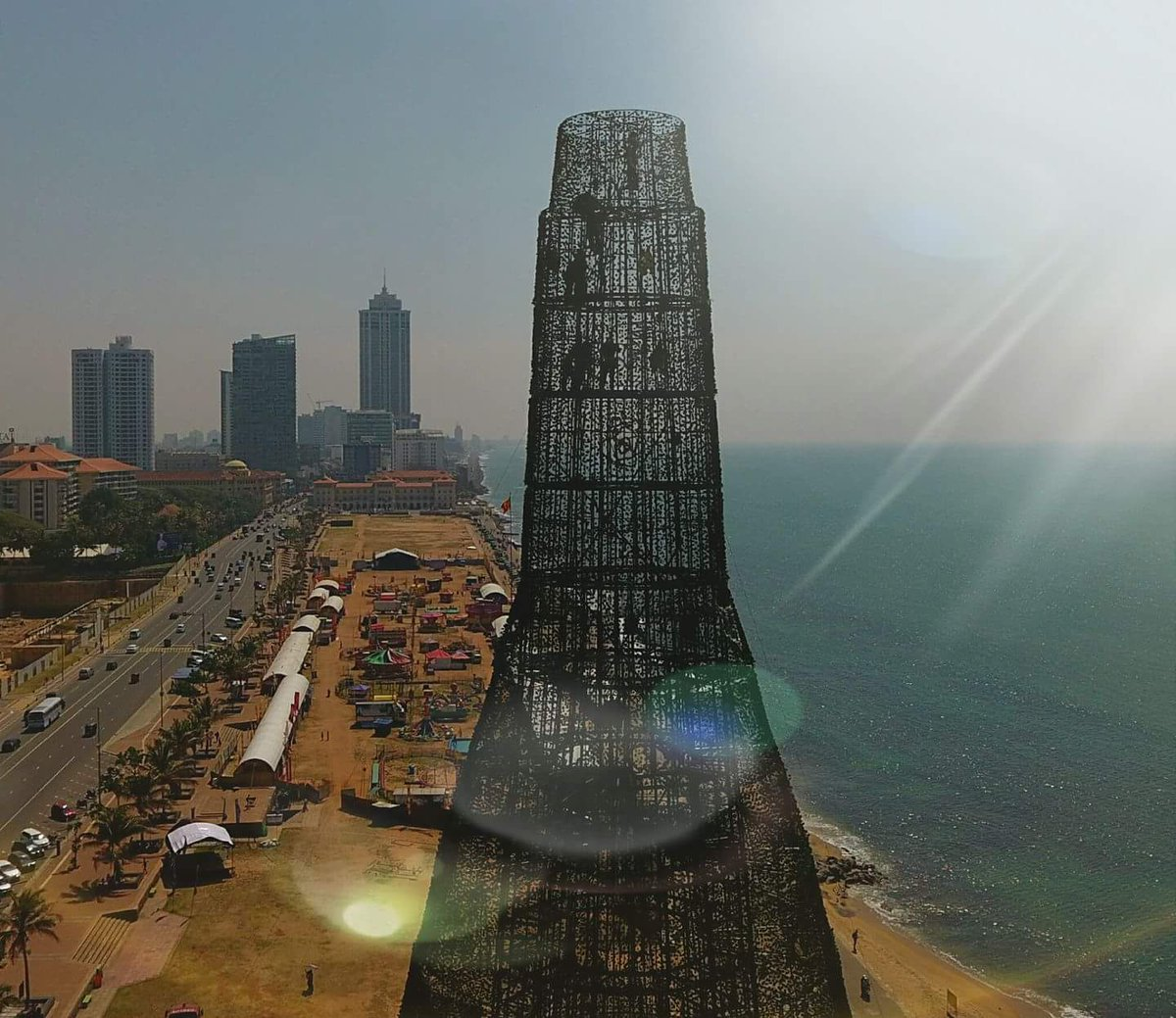 worlds tallest christmas tree complete opening at 7 tonight - Worlds Largest Christmas Tree