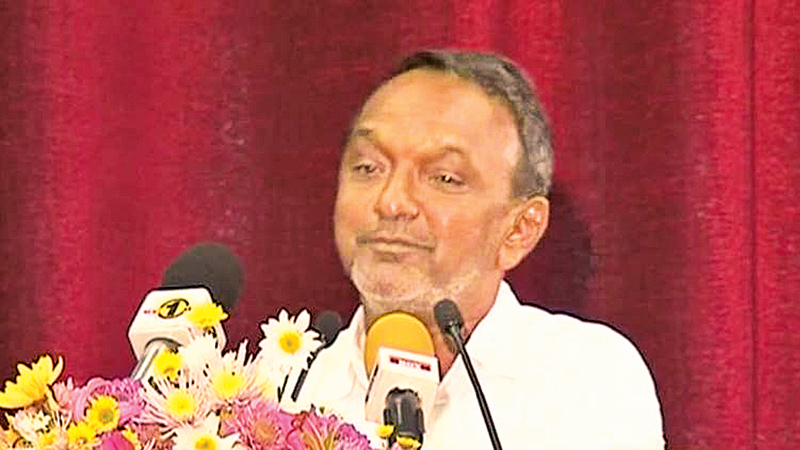 'Media should be in forefront of development'