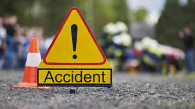 Two tippers collide, killing one in Thalangama