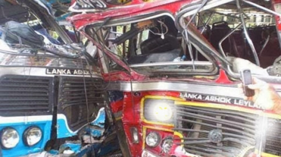 Two buses collide, injuring 47 in Ratnapura