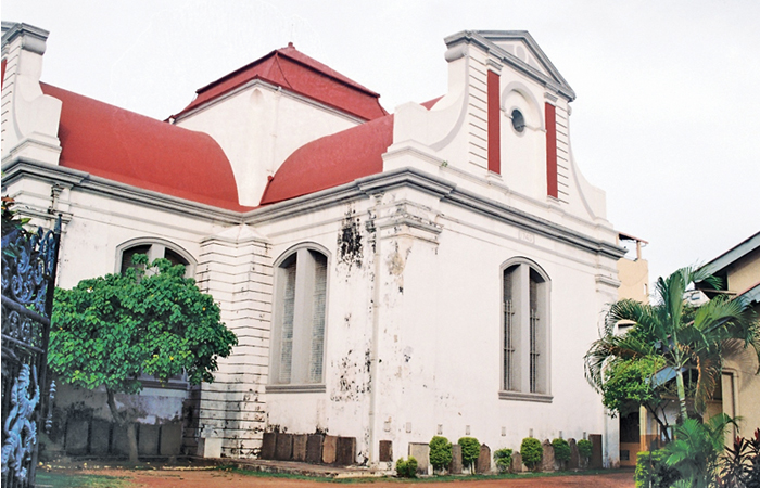 The Christian Reformed Church in Wolfandal in the heart of the busy commercial district of Pettah is considered one of the best examples of Dutch architecture in Sri Lanka