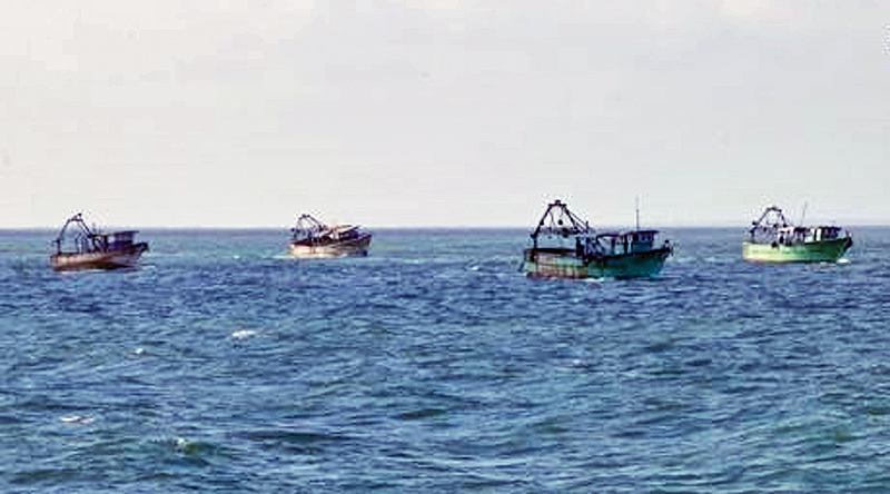 Navy sends six seized Indian trawlers back