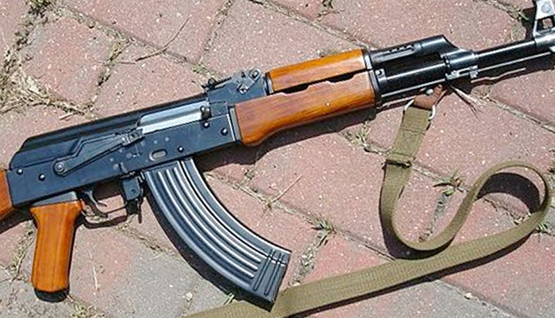 T-56 weapons recovered from vehicle near Gampaha hospital