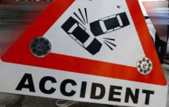 Tipper runs over bicycle killing one in Mankulam