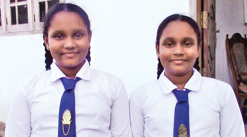 Sihali Sithumya and Maheli Nethumya. Picture by Mahinda P. Liyanage