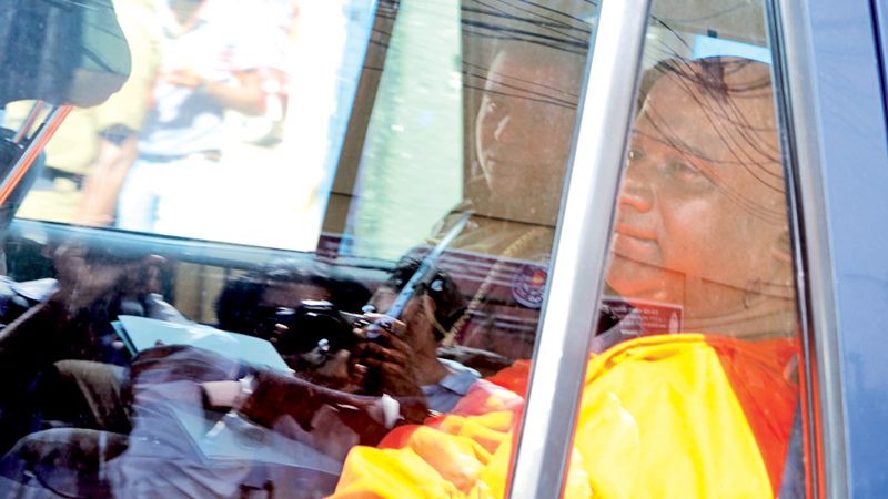 Akmeemana Dayarathna Thera released on bail