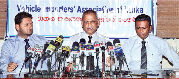 Vehicle Importers' Assn  hails Budget   Daily News