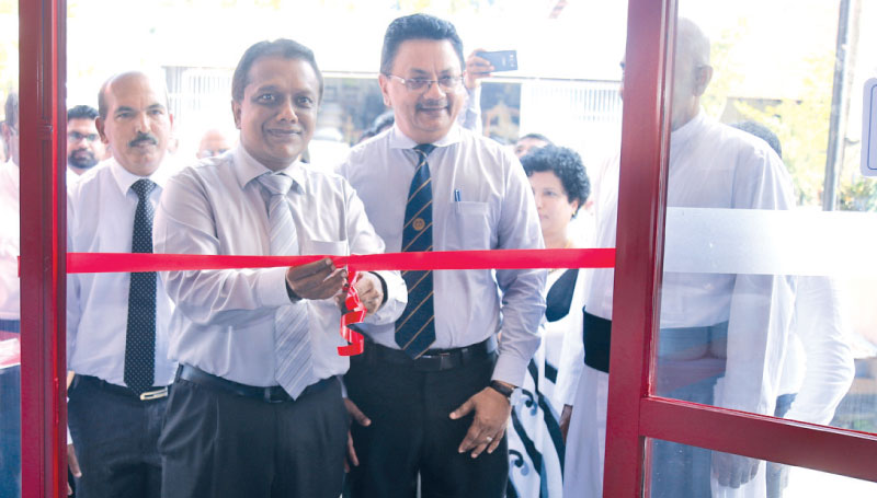Roofing lk opens in Malambe | Daily News