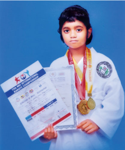 D. Sanuli Nethara Wijesundara of Kalutara Balika Maha Viddyalaya has won Gold medals for first time in the international Karate Tournament held by Wado Kai International Association and in the Karate Tournament held by Western province Karate Do Association of Sri Lanka. She is coached by chief instructor of Kamitsuma Oka Kai, Japan and Technical Director (Wadoryu) Shihan L. P. Edirisinghe.