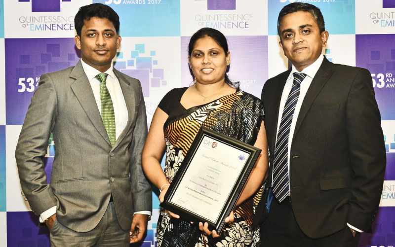 Union Bank  Manager Finance  Shankar Shakthivel, Ayesha Naotunna, Chief Manager – Finance and Malinda Samaratunga- Chief Financial Officer of Union Bank with the award certificate.