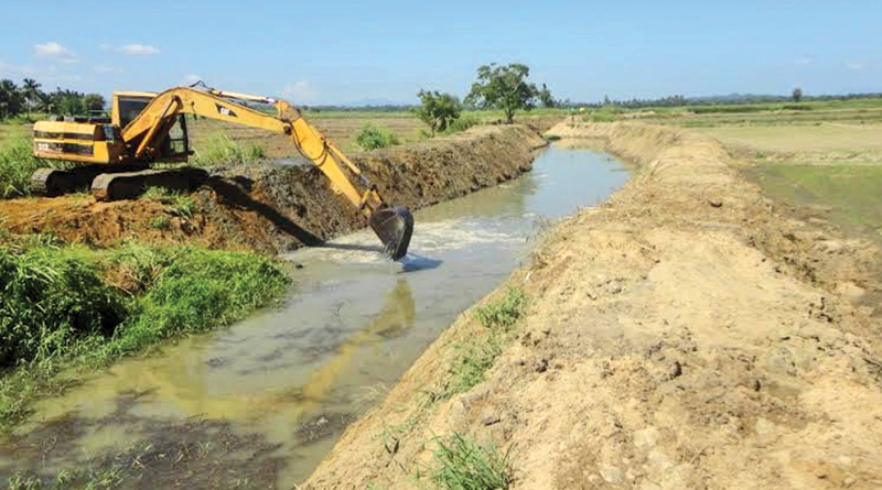 Main channel deepening and desilting rehabilitation programme underway in Akkaraipattu.