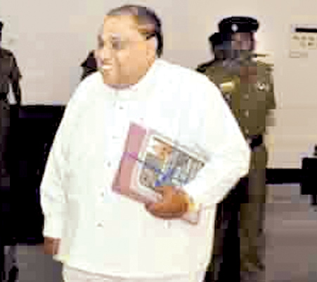 Southern Province Chief Minister enters the council chamber to present the annual financial statement Picture By Mahinda  P. Liyanage