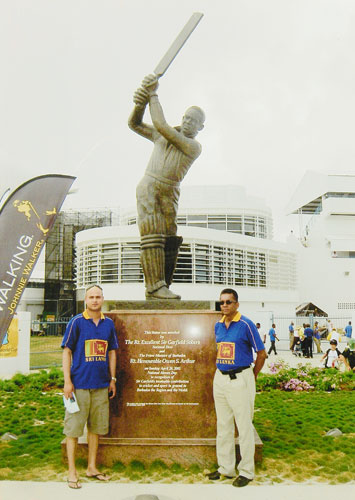 Snapping with the greatest: Standing before the statue of Sir Garfield Sobers at the Kensington Oval in Bridgetown, Barbados prior to the start of the 2007 ICC Cricket World Cup final.