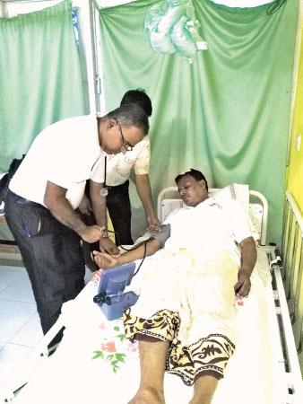 The Divisional Secretary undergoing treatment at the Akuressa Hospital
