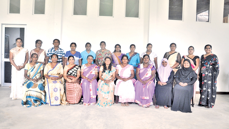 The all-women group in Kantale. Picture by A. T. M. Gunananda, Trincomalee Special Corr.