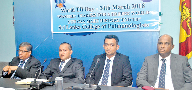Doctors of the Sri Lanka College of Pulmonologists at the press conference yesterday. Picture by Siripala Halwala
