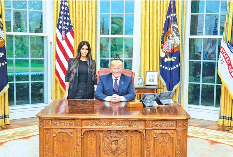 Inside The Oval Office Picture Of Oval Office Office E Inside The F