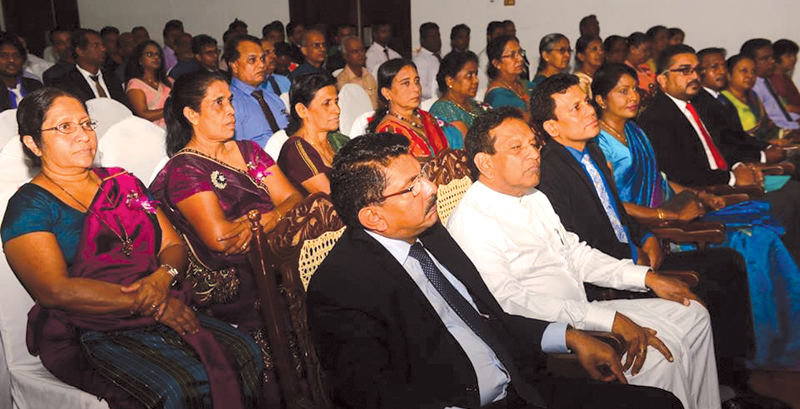 Health Minister Dr. Rajitha Senaratne and Health Services Director General Dr. Anil Jasinghe at the ceremony.