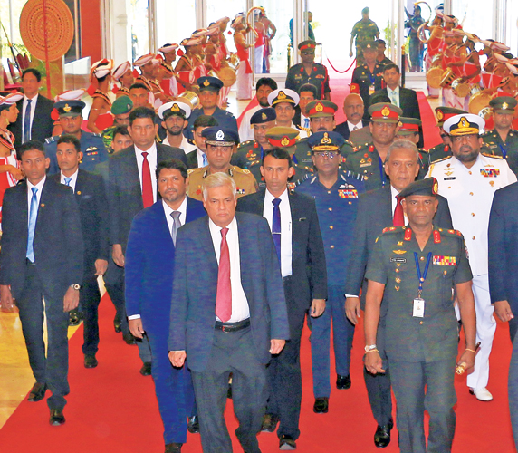 Prime Minister Ranil Wickremesinghe yesterday inaugurated the 8th 'Colombo Defence Seminar-2018'  at the BMICH with a record number of participants from across the globe. Picture shows the Prime Minister being conducted to the venue.Secretary to the President Udaya Seneviratne, State Defence Minister Ruwan Wijewardene, Defence Ministry Secretary Kapila Waidyaratne PC and Army Commander Lt. Gen. Mahesh Senanayake were also present.  Picture by Hirantha Gunathilaka