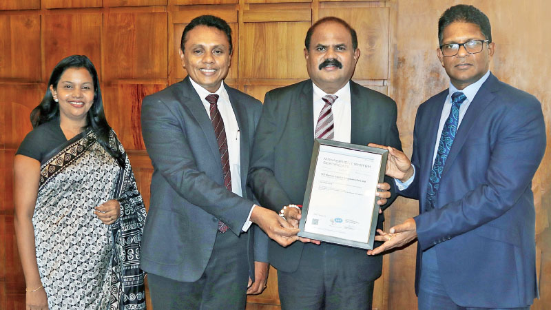 SLT Human Capital Solutions (Pvt) (HCS) Ltd, receiving the ISO 9001:2015 Quality Management System certificate from DNV GL Sri Lanka officials. Michelle Johnson, Manager Resourcing SLT HCS, Roshan Kaluarachchi, Chief Executive Officer SLT HCS, P.G. Kumarasinghe Sirisena, Group Chairman SLT Group and Rathika De Silva, Country Head DNV GL Business Assurance Lanka (Private) Limited