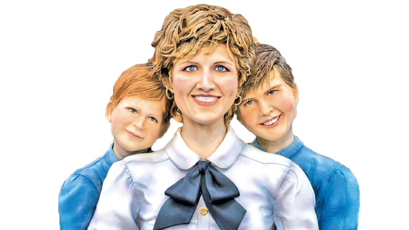 Princess Diana, William and Harry cake