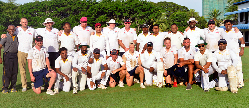 The Barmy Army and Lion Brewery teams