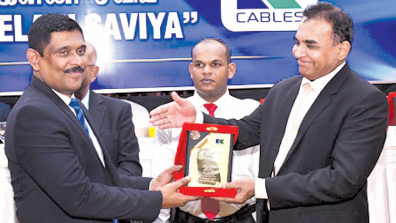 Anil Munasinghe, General Manager Sales, Kelani Cables PLC honoured for his yeoman service to Kelani Saviya CSR program