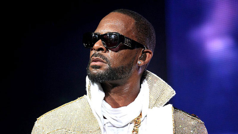 R Kelly announces tour amid abuse allegations