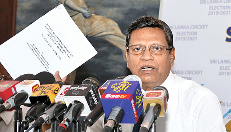 SLC presidential candidate Mohan de Silva addressing a press conference at the CCC pavilion yesterday