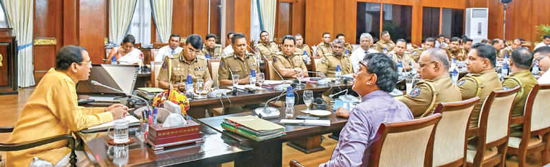 President Maithripala Sirisena addressing senior Police officers on the future activities and challenges of Police Department at the Presidential Secretariat. Picture courtesy President's Media Division