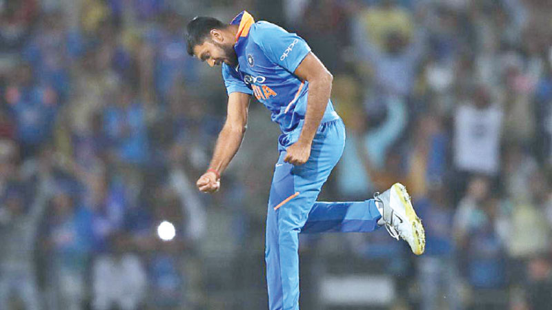 Vijay Shanker held his nerve in a thrilling finish to the second ODI