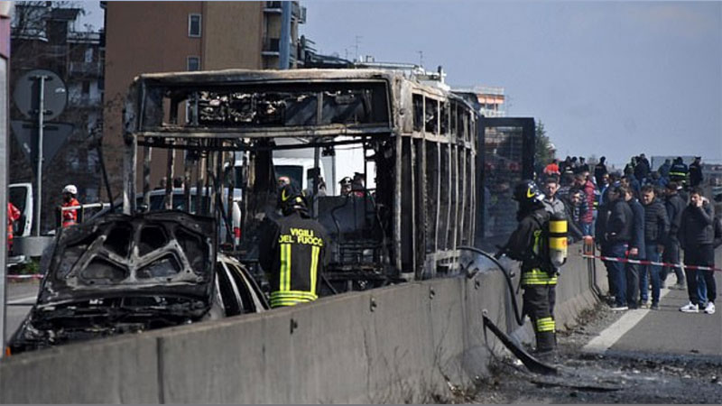 Italian bus driver abducts schoolchildren and then torches vehicle