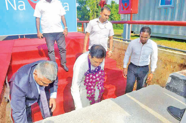 Health Minister Dr. Rajitha Senaratne lays the foundation stone for the new factory.