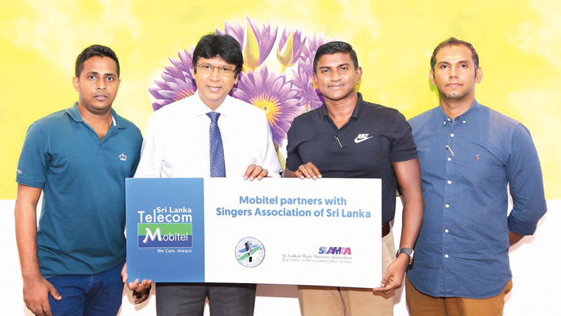 Keerthi Pasquel  Chairman Singers Association of Sri Lanka with Isuru Dissanayake Senior General, Manager Marketing, Mobitel. Amith Perera Product Manager Digital Services, Mobitel and Suneth Haputhanthri Senior Manager Pre Paid Business and Digital Services, Mobitel.