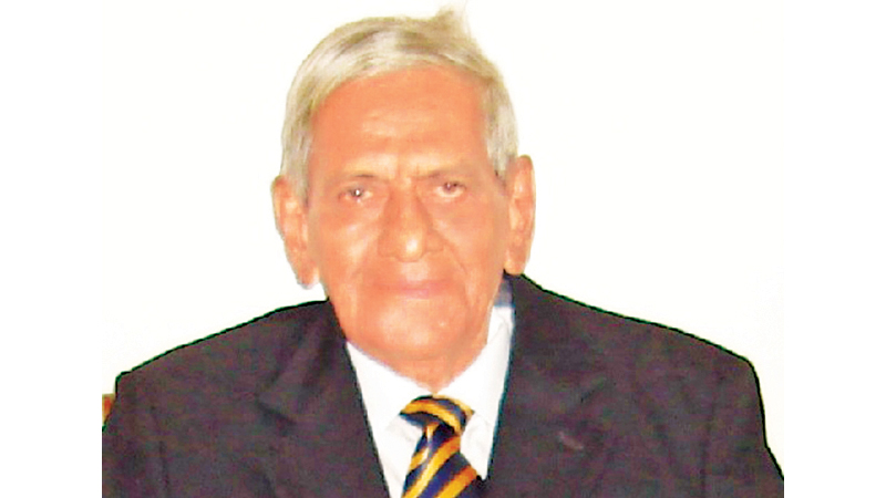 Fred Schoorman scored the first try of the Bradby in 1945.