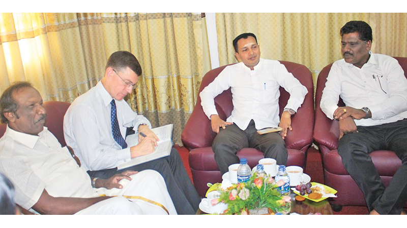 British High Commissioner to Sri Lanka James Dauris in discussion with councillors.  Picture by Sivam Packiyanathan