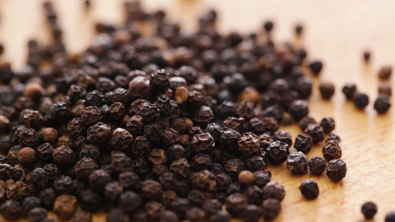 SL move to ease exports to India worries pepper industry