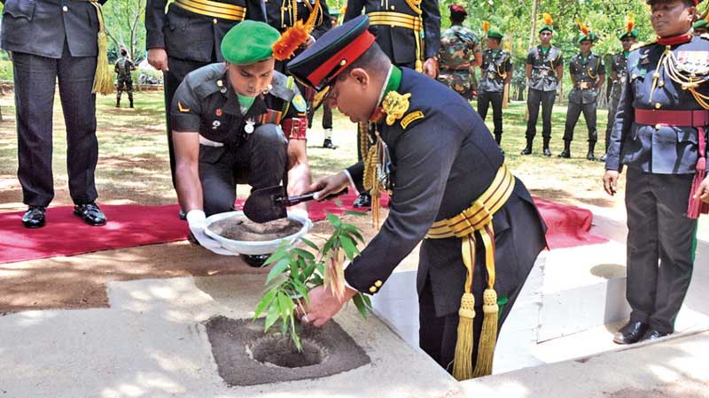 New Army Commander feted | Daily News