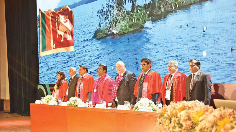 Dhammika Fernando, President, CIPM Sri Lanka and Director – APFHRM (4th from left) and Chief Guest Bob Morton, Secretary General, WFPMA, Ajith Bopitiya, Chairman NHRC 2019, Organizing Committee together with CIPM officials at the NHRC 2019 Inauguration Ceremony.