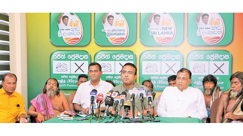 Parliamentarian Manusha Nanayakkara speaks at the media. Former UNP General Secretary and Eastern Province ex-Governor Rohitha Bogollagama participated.  Picture by Saman Sri Wedage