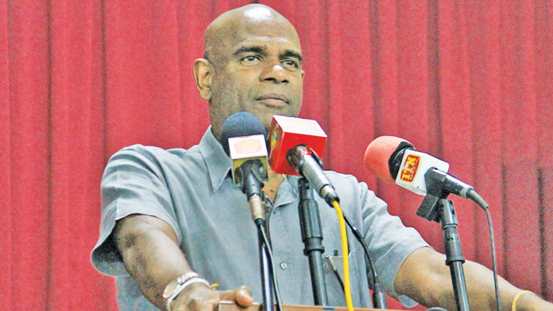 NPM Presidential candidate Mahesh Senanayake speaks at the election campaign meeting in Kirimetiyana on Saturday. Picture by Marawila Group Corr.