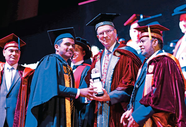 Best Performanced in Bachelor of Science Honours Degree in Information Technology specialising in Cyber Security, Faculty of Computing Mohamed Murthaja Mohamed Mifraz.