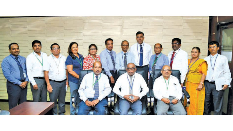 Commissioner General of Inland Revenue Department (IRD) Nadun Guruge with Deputy Commissioners and ASMET officials. Picture by Wasitha Patabendige