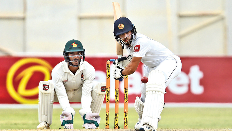 Zimbabwe reaches 352/6 against SL on day one of second Test